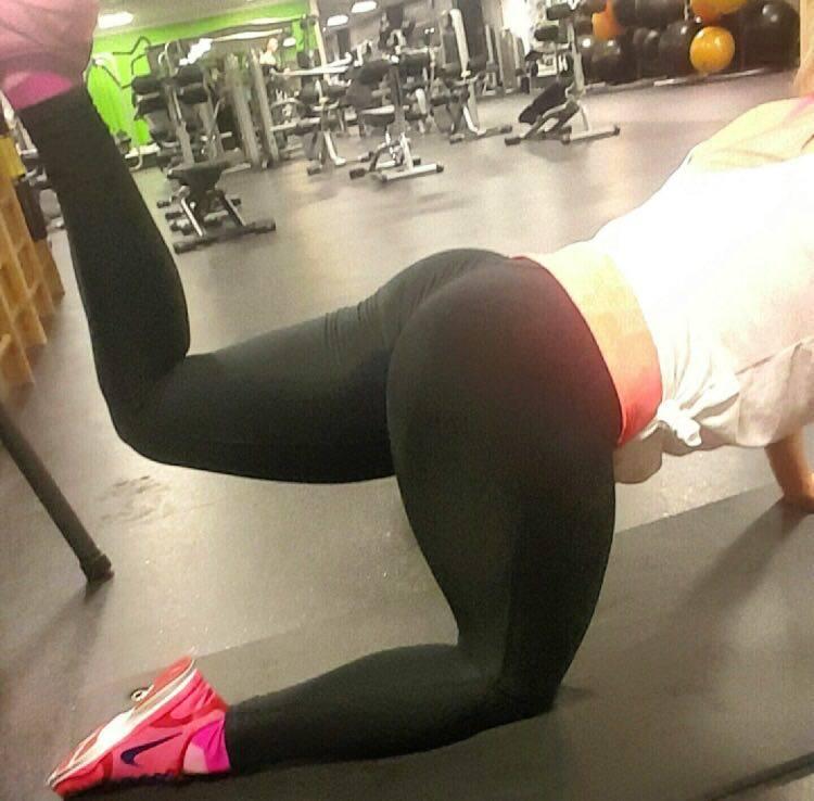 Squat Bagdel Træning Øvelse Tights Vægttab Styrketræning Nike Fitness Fitness World Blog Blogger