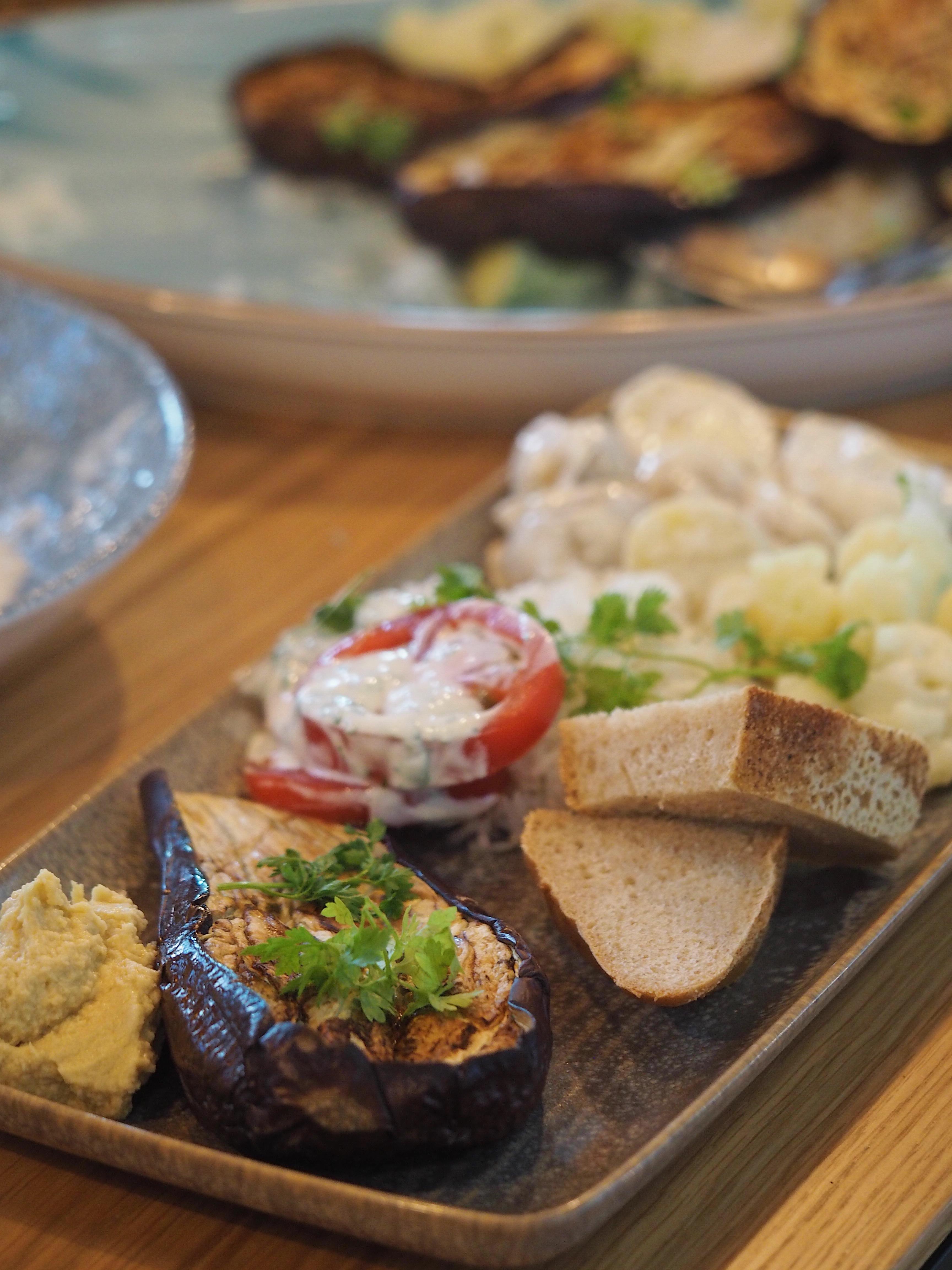 Cafe Odeon Social Mit Odense Fællesspisning ny cafe Vegetar Dessert Spilaften Brætspilsaften Odense Spise guide Mia Lindholm Blog Blogger