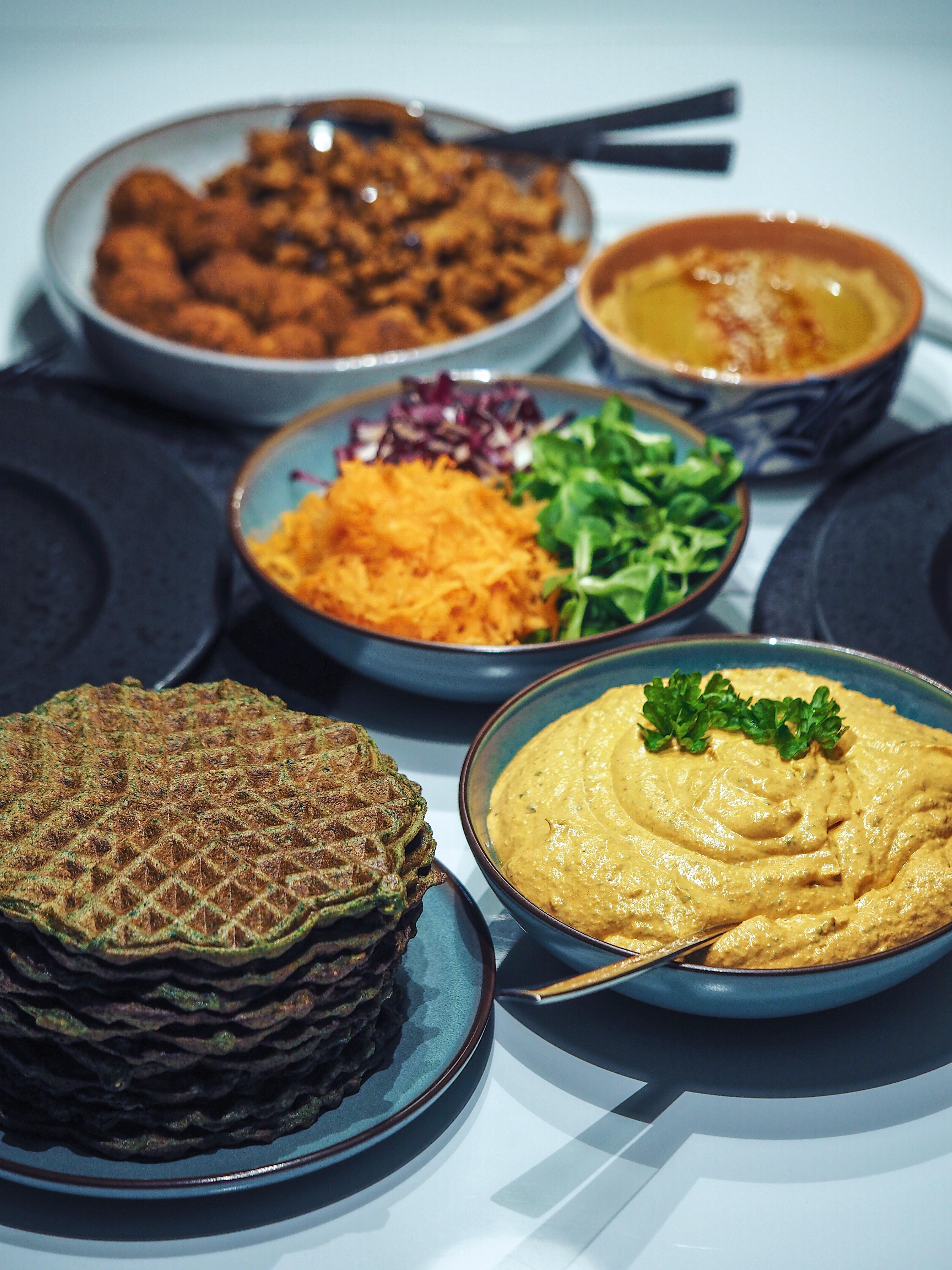 Vafler med spinat og broccoli, Madvafler, Aftensmad, Falafel, Salat, Haydari